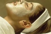لایه برداری پوست با ماسک طبیعی و بی خطر