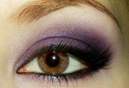 آموزش گام به گام آرایش چشم دودی همراه با تصویر
