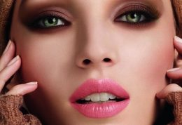 گریم یا زیباسازی صورت به کمک مواد رنگ کننده