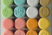 اکستازی، اعتیاد به داروهای نشاط آور