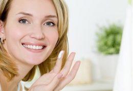 عوامل تاثیر گذار بر پف و تیرگی زیر چشم