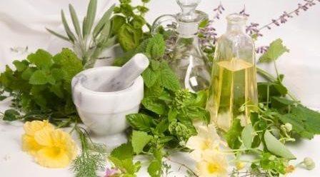 عرقیات گیاهی مفید و دلپذیر