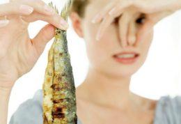 غذاهای بد برای بوی بدن