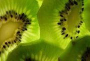خواصی چند از میوه ی کیوی