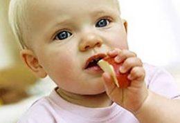 روش هایی برای تشویق کودکان به خوردن میوه