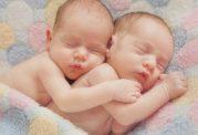 اهمیت شیر مادر برای نوزادان نارس و دوقلوها