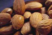 کاهش کلسترول خون با این دانه روغنی