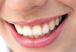 میوه هایی که برای سلامت دهان مفید است