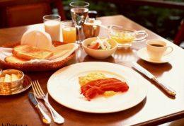 بهترین زمان برای خوردن شام و صبحانه