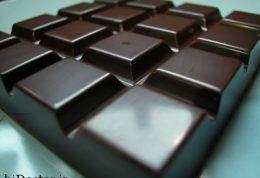 هر آنچه درمورد فواید و مضرات شکلات تلخ باید بدانید