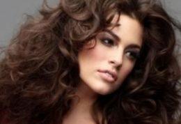 با تغذیه ی سالم ، سلامت مو های خود را چند برابر کنید