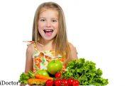 نکاتی مهم در مورد تغذیه دختران در دوران کودکی