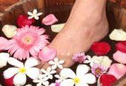 پاهایتان را در منزل نرم و لطیف کنید