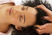 مراقبت از مو: روغن های طبیعی برای تقویت موهای آسیب دیده