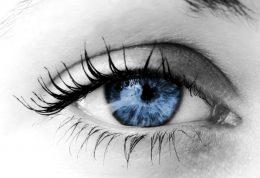 نشانه های حمله مغزی درون چشم