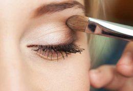 در سه دقیقه چگونه آرایشتان را تجدید کنید؟