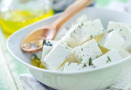 مروری بر انواع پنیرها