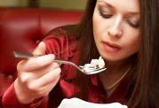 مهمترین نکات تغذیه ای زنان شاغل که نادیده می گیرند