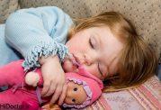 خوابیدن روزانه ؛نیاز اطفال برای رشد
