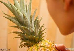 آموزش تصویری پوست کندن آناناس به شیوه ساده