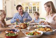تمام فواید غذاخوردن به صورت دسته جمعی