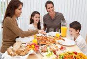 غذای خارج از منزل چه اندازه كالری اضافه دارد؟