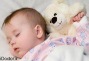 از چه رده سنی و چگونه جدا خواباندن کودک را اغاز کنیم