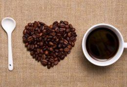 کدامیک بهتر است قهوه ی معمولی یا قهوه  دکافئینه؟