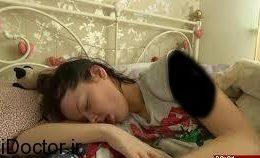بیهوشی و خواب رفتن ناگهانی این دختر
