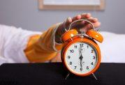 هرگز با ساعت زنگ دار بیدار نشوید
