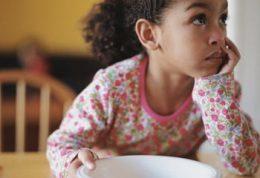فرار بچه از ناشتا