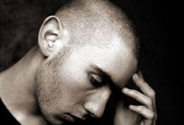 ناراحتی روحی در افراد کم درآمد