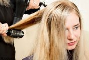 گریز از مو های فرفری با سشوار(آموزش تصویری)