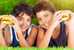 برای رفع چاقی نوجوانان چه ورزشی خوب است؟