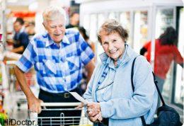 سالمندان حتما به خرید بروند