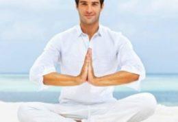 با انجام روزانه یوگا  بیماری اسکولیوز بهبود می یابد