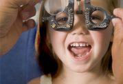 هر انچه که باید درباره مراقبت از چشم  بچه ها بدانید