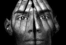 راه چاره برای درمان اضطراب در جمع