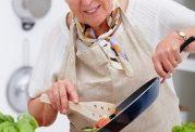سالمندان لطفا روغن نارگیل مصرف کنند