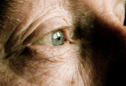 جلوی نابینایی در پیری را بگیرید