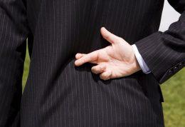 منشا و منبع فریبکاری و دروغ گویی