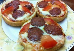 پیتزای آسان با نان همبرگر