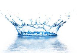 چگونه نوشیدن آب  با سلامتی ارتباط پیدا میکند؟