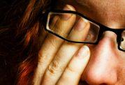 مشکلات بینایی با استرس