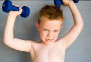 تاثیر منفی ورزش بدنسازی بر روی رشد قد