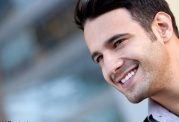 آیا لبخند زدن باعث چین و چروک می شود؟