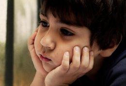 بررسی یکی از علل پیدایش افسردگی اطفال