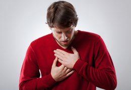 یوگا سبب کاهش ریسک ابتلا به امراض قلبی و عروقی می شود