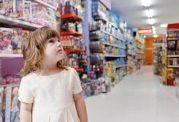 بهانه گیری های کودک در فروشگاهها