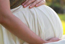 چه علائمی در بارداری را نباید نادیده بگیرید